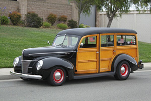 Click to View Roy Brizio Street Rods Completed Cars - Richard Munz - 1940 Ford Woodie - Madison WI