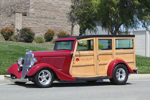 Click to View Roy Brizio Street Rods Completed Cars - Larry Carter - 1934 Ford Woodie - Los Altos CA