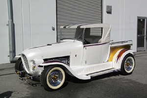 Click to View Roy Brizio Street Rods Completed Cars - John Mumford Ala Kart Woodside CA