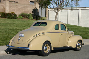 Click to View Roy Brizio Street Rods Completed Cars - Gene Boyer - Belmont CA